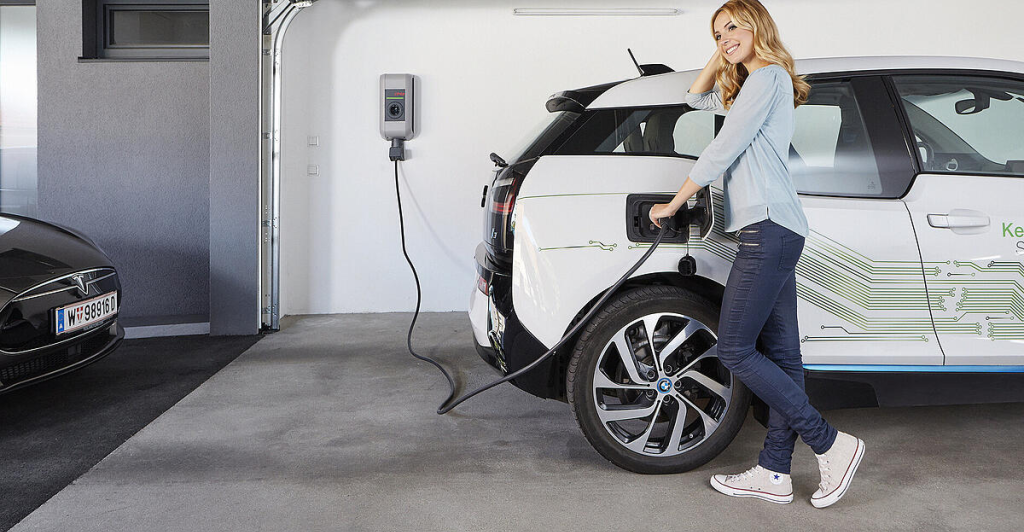 Batterie Akku Und E-Mobility - cover