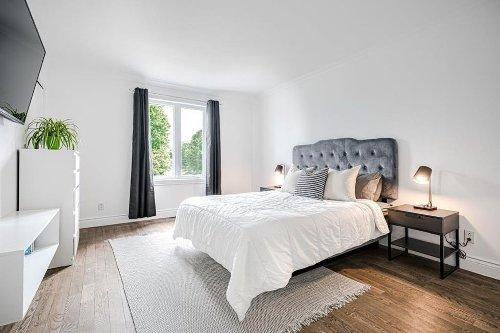 Cette maison sur le marché pour 399 000 $ près de Laval semble sortir d'un magazine