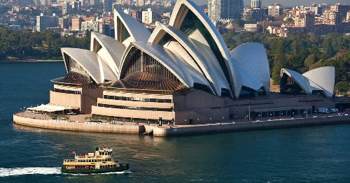Australia & New Zealand Are Starting A Quarantine-Free 'Travel Bubble' This Month