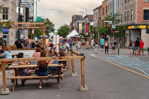 L'annonce de la réouverture des terrasses sème la colère chez les restaurateurs au Québec