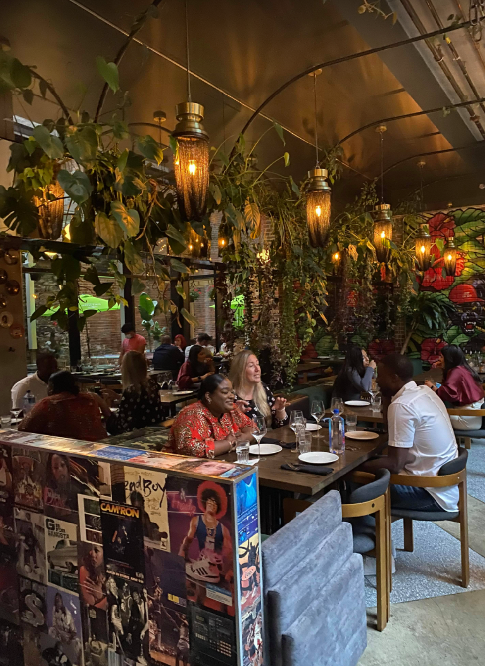 Cette terrasse bien cachée du Vieux-Montréal te sert des drinks dignes des tropiques