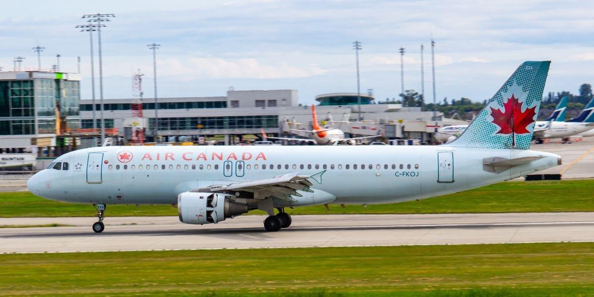 Seven Flights Between Toronto & Vancouver Last Week Were Flagged For COVID-19 Exposure