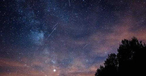 Une pluie d'étoiles filantes illuminera le ciel du Québec ce mois-ci