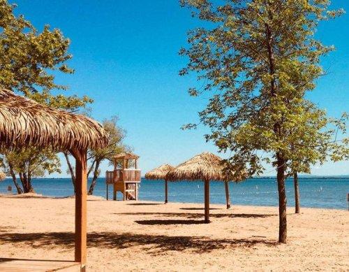 Cette plage digne d'un resort dans le Sud près de Montréal annonce sa date de réouverture