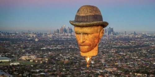A Giant Vincent Van Gogh Head Is Invading Toronto's Sky & Here's Where You Can Find It