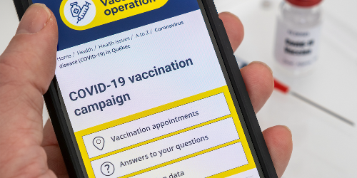 1 Province Is Now Giving Out QR Codes To Prove You've Been Vaccinated Against COVID-19