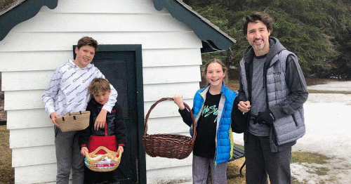 New Photos Show How Justin Trudeau & His Family Celebrated Easter This Year