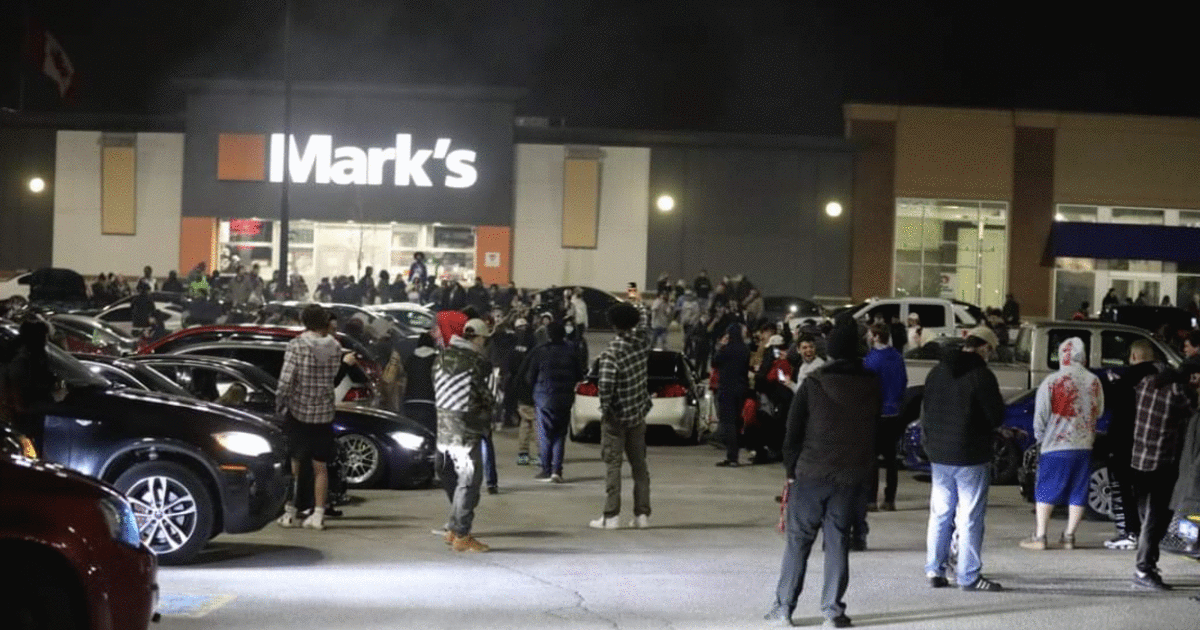 Police Broke Up A Massive 300-Person Car Rally Near Toronto Last Night