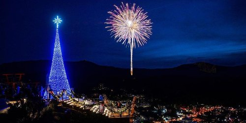 You Can Watch A Huge New Year's Eve Fireworks Show From The Top Of A Mountain In Tennessee