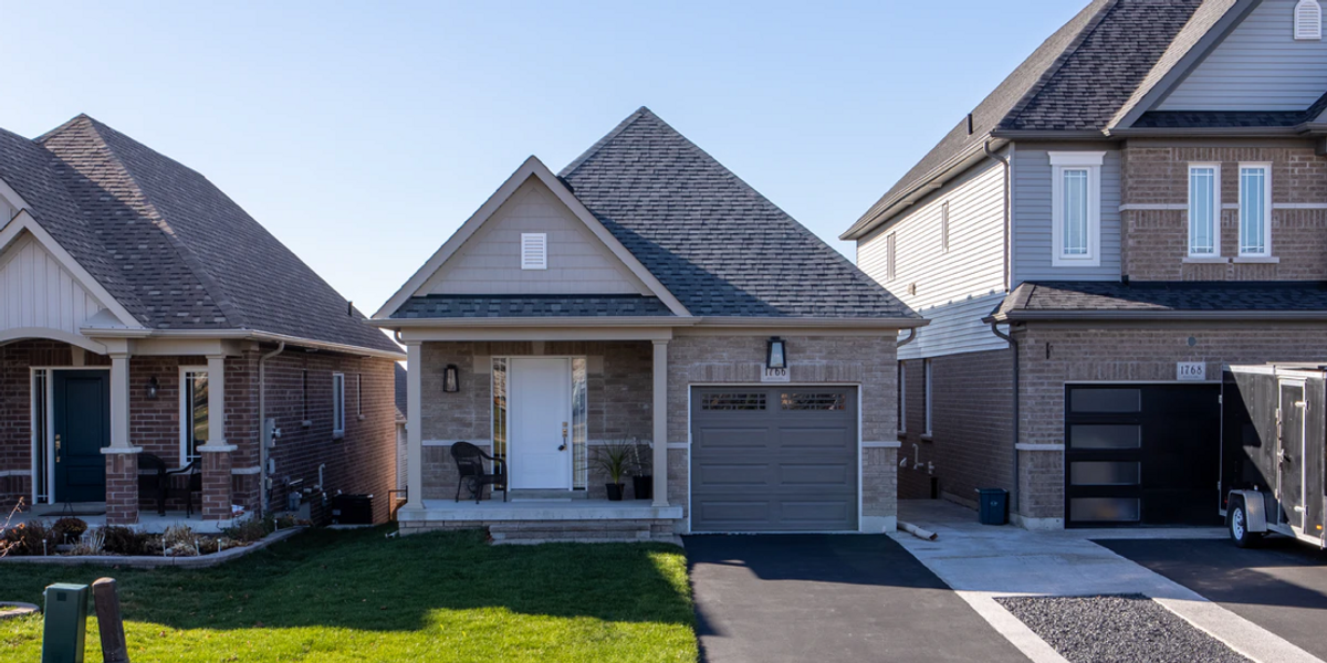 Almost Half Of Canadians Aged 25 To 35 Apparently Own A House & No, We're Not Joking