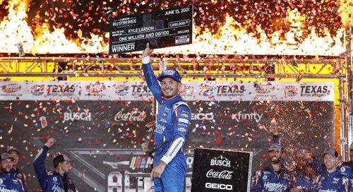 NASCAR betting: Sportsbooks sweating Kyle Larson until Phoenix