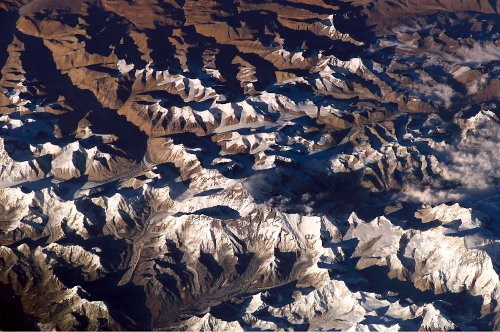 Rugged 'mountains' taller than Everest lurk deep inside Earth
