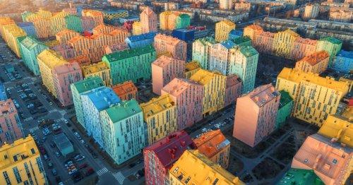 El vecindario arcoíris inspirado en Lego
