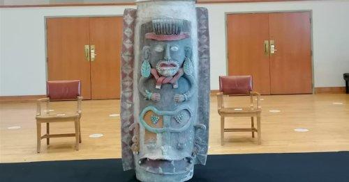 México recupera una importante urna maya