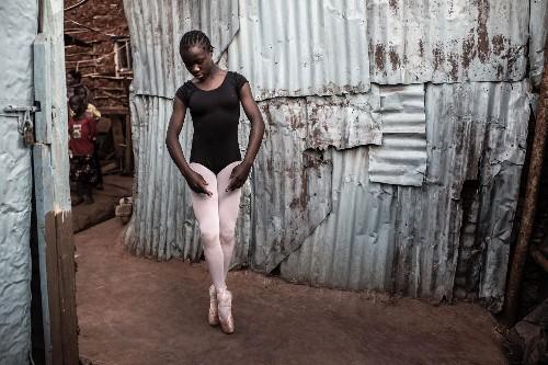 In Nairobi's largest slum, these young ballerinas dream big