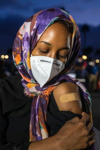 COVID-19 : la vaccination, source de questions bioéthiques pour les musulmans