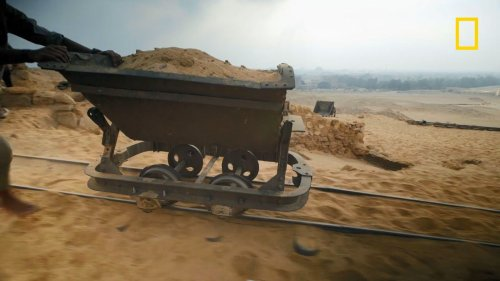 Quels trésors se cachent sous le sable égyptien ?