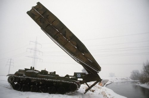 Folding Bridges: How the U.S. Army Crossed Chasms on the Battlefield