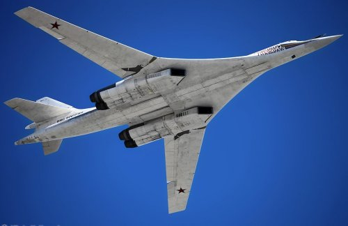 Did the Soviet Tupolev Tu-160 Blackjack Copy the Rockwell International B-1 Lancer?