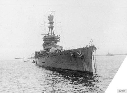 Who Wins When a World War II Battleship and Aircraft Carrier Trade Blows?