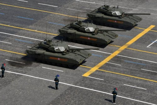 Russia's Advanced T-14 Tank May Finally Enter Mass Production