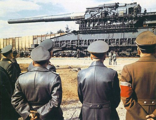 The German Heavy Gustav Was the Largest Gun Ever Built.