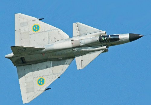 The Saab 37 Viggen Fighter – A Plane With a Reverse Gear