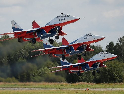 Top Secret: America Bought Deadly Russian MiG-29 Fighters