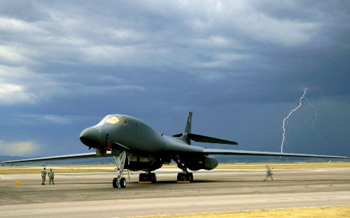 Fire in Its 'Belly': The B-1 Lancer Bomber Is Getting Supersize Upgrades