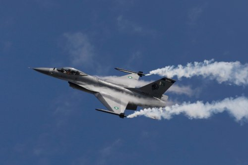 It's a 5th-Generation Fighter World, But the 4th-Generation Isn't Going Anywhere