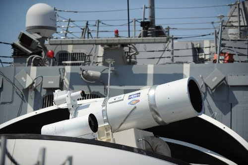 What's Missing from the Army's Missile Defense? Lasers.