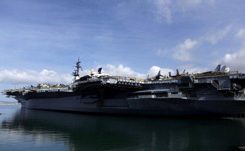 USS Midway: The Best U.S. Navy Aircraft Carrier?