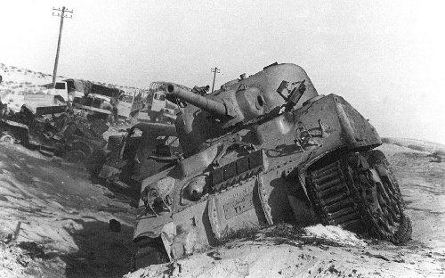 The 1956 Suez Crisis Humiliated the Crumbling British Empire
