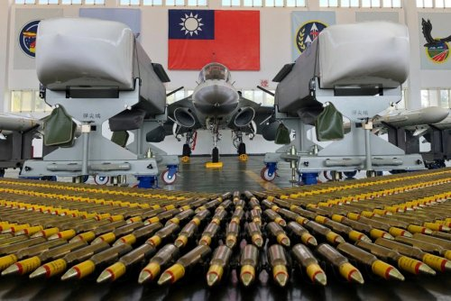 America is Beefing Up Taiwan's Weapons (Like This) and China Hates It