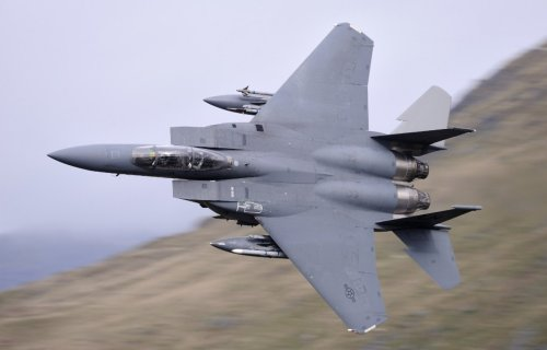 Bombs Away: How an F-15E Took Out An Iraqi Helicopter With a 2,000 Pounder