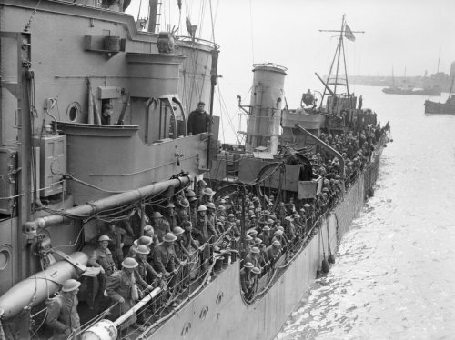 Dunkirk: Surviving the Disastrous 9-Day Evacuation