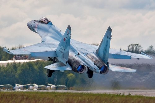 Can the Eurofighter Fend Off Russia's Sukhoi S-35 Fighter?