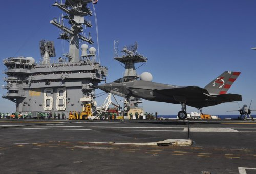 The Air Force Tees Up a Battle of the Fighter Jets
