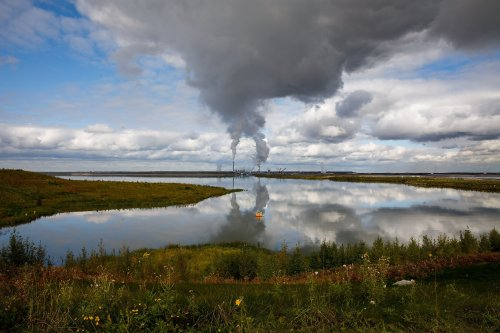 Alberta officials are signalling they have no idea how to clean up toxic oilsands tailings ponds