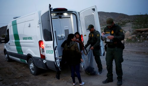Border Patrol Released 50,000 Migrants into U.S. without Court Date: Report | National Review