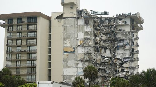 Chicago Experts, Officials Weigh in After Miami Beach Condo Building Collapse