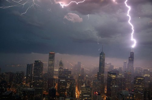 Severe Thunderstorm Warning Issued for Cook County