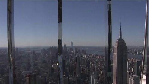 Midtown's Highest Observation Deck Now Has a Form of Dress Code