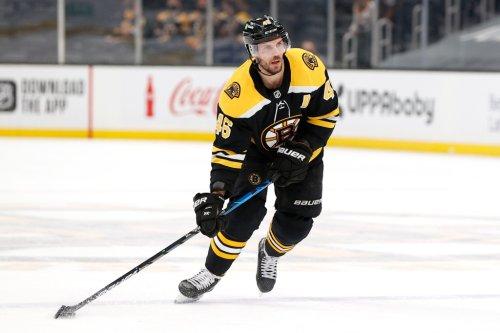 David Krejci leaving Bruins to return to Czech Republic