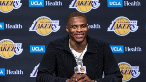 The Los Angeles Lakers roster moves inspire skepticism, not belief