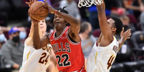 Bulls waive Stanley Johnson, keep Matt Thomas