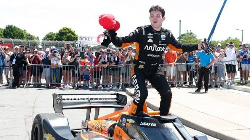 Young guns Pato O'Ward, Alex Palou look to hold off veterans in tight Indycar championship battle