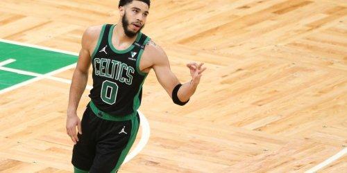 Highlights: Jayson Tatum powers Celtics to win over Curry, Warriors