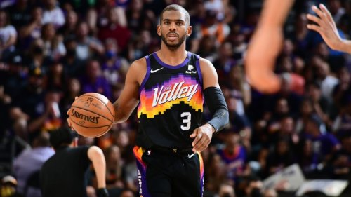 Chris Paul reportedly out indefinitely, enters COVID health, safety protocols