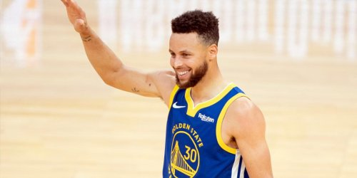 This wild stat shows Steph's absurd consistency from 3